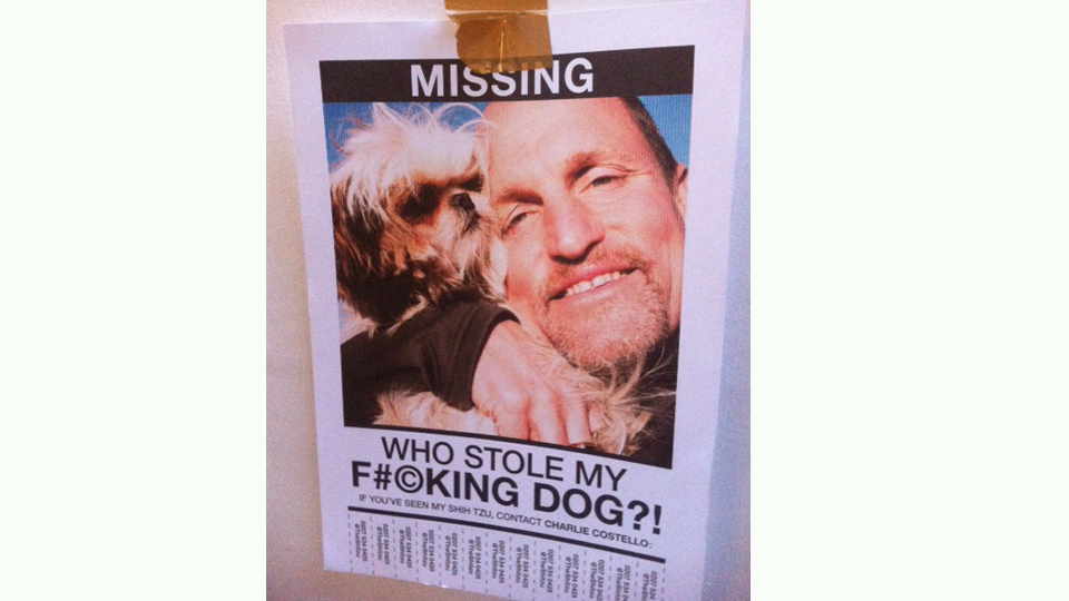Seven Psychopaths Leave Note on the Whitehouse Post London's door for Lisa Gunning
